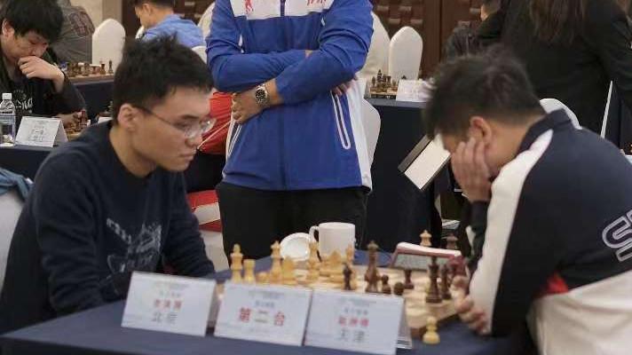北京棋手余泱漪摘取摘取第四届全国智力运动会首金