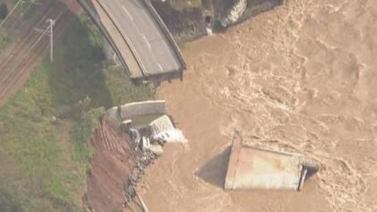台风致日本58人死亡 福岛数千袋核垃圾被洪水冲走
