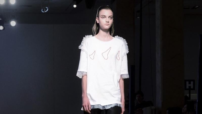 """""""摩登圣人""""降世米兰 重庆独立设计师品牌SHUR RUITZ米兰时装周首秀"""