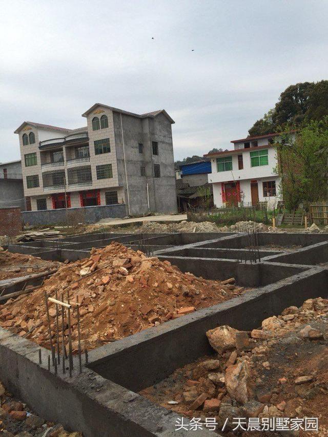 这是我自己设计的农村自建房,三层总共花了55万,大家觉得值吗?