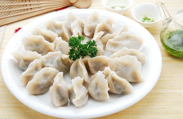 牛肉普通肉馅,从做法介绍了羊媒体基地的两个,这次我们介绍饺子饺子涞水核桃猪肉图片