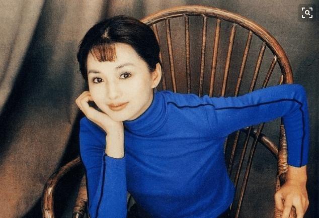 赵薇,林心如版本的《还珠格格》里面她最美 却在25岁身亡图片