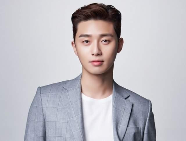 模特儿出生的盛骏可能较没这么熟悉,但在韩国当地可是实力派男演员之