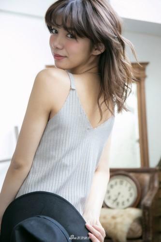 组图:日本混血模特池田依来沙写真曝光 身材凹凸有致