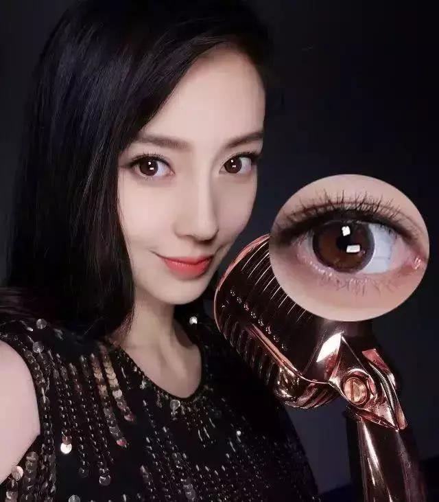 仙女们可以用自然花纹的美瞳