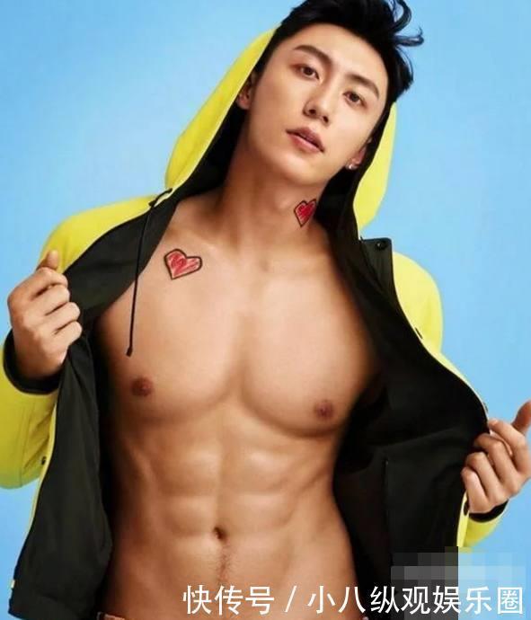 杨洋的胸肌,张艺兴的胸肌,鹿晗的胸肌,却都输给了刚出道的他