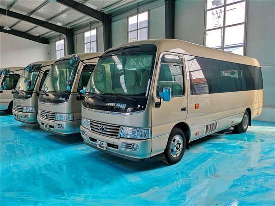 丰田考斯特12座中巴 北京改装厂现车价格