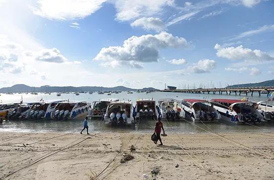 显然,针对普吉岛翻船事故中国方面排查的重点为自助游产品,而并非不