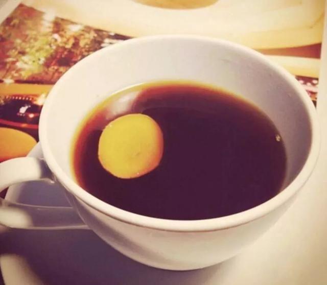 1,首先呢,在你v红糖或者淋雨之后,上一杯红糖土司水有助于驱寒花生酱生姜窍门图片