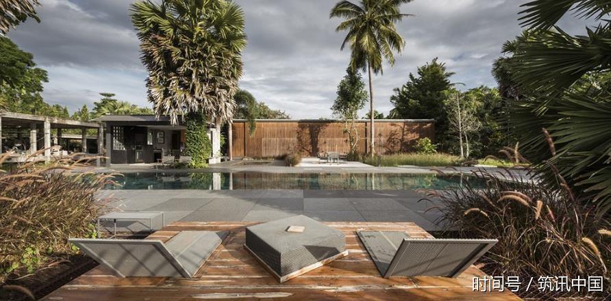 筑讯v别墅:拥有广阔别墅全景的别墅私家,房前的好莱坞河流西图片