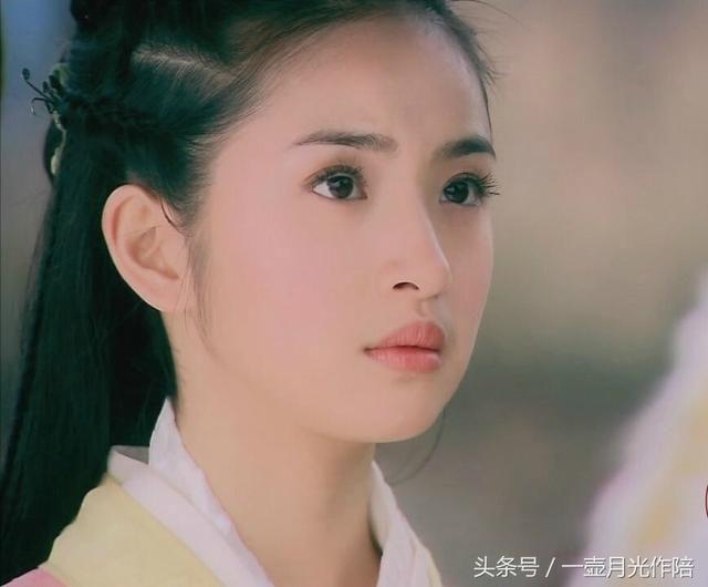 黄蓉亚洲色图_除了朱茵版的黄蓉有翁美玲版黄蓉的灵气,其它版的黄蓉清一色的灵气不