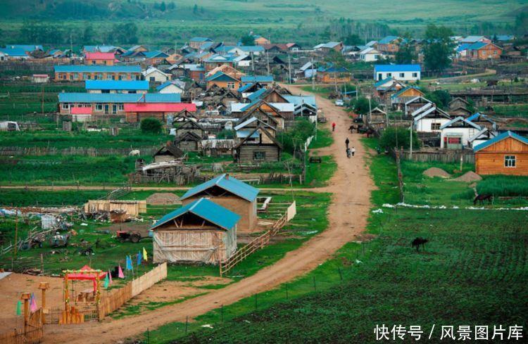 韩国人体村庄中的姑娘_中国东北一个小村庄,住着多数美丽的俄罗斯姑娘,开口就是山东腔