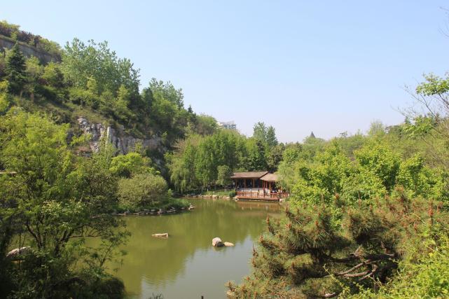 彭城之窗 徐州珠山公园(宕口公园)的春天