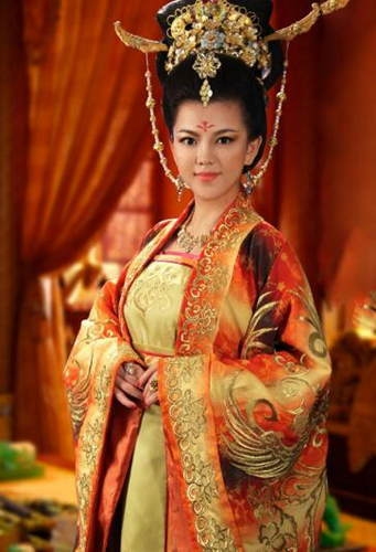 有哪些明星演过皇后?众多古装电视剧中,明星饰演的皇后也风格各异.