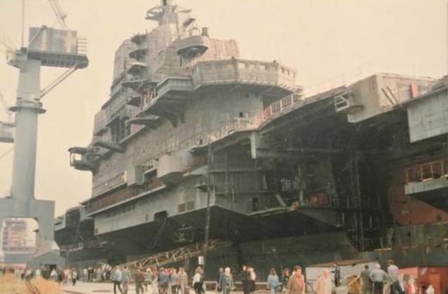 辽宁舰老家没了,乌克兰黑海造船厂宣告破产,中国却赚了