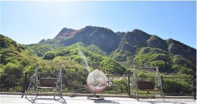 蓟县九山顶明阳农家院位于蓟县九山顶自然风景区,隶属于蓟县下营镇常