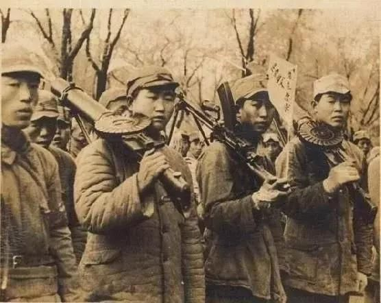 连他的家人也都不知道他的身份,1931年12月,张国福出生在吉林的一个