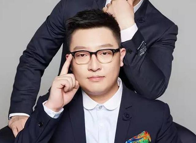 与烧饼搭档的曹鹤阳也有个绰号:小四.