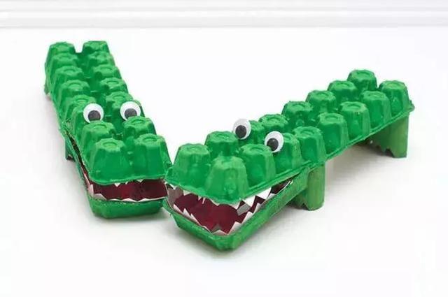 卷芯筒手工制作鳄鱼
