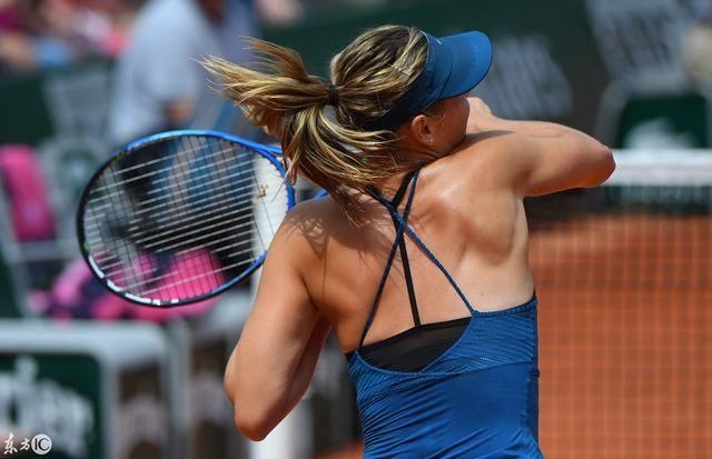 背部和手臂的肌肉线条非常的健美(图片来自东方ic)