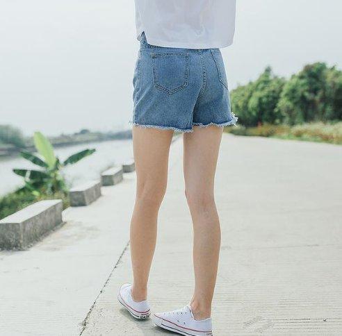 男生的臀型体罚3种,特别是第1种,女生看了分为光脚女生图片