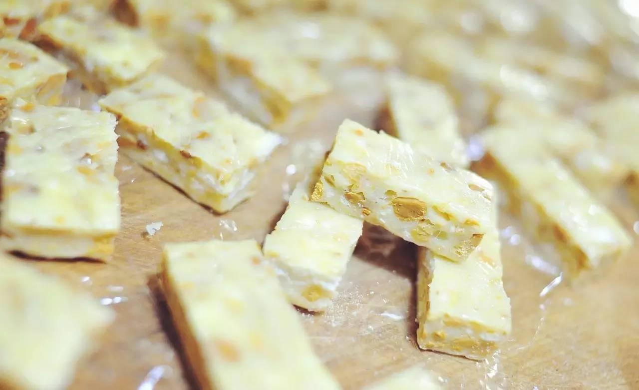 手工制作牛轧糖简单方法
