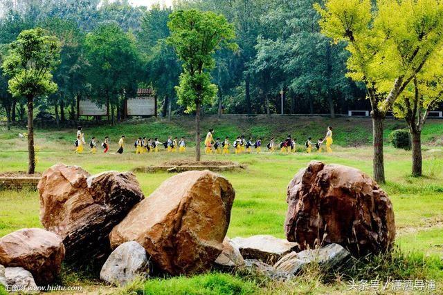 柘城的風景有很多!例如:容湖,千樹園,已經成為柘城的標記!