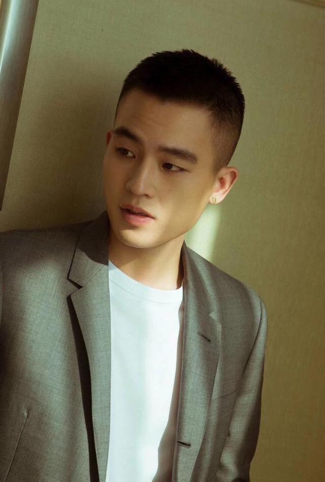 适合18~35岁亚洲男士发型参考,发型改变颜值!图片