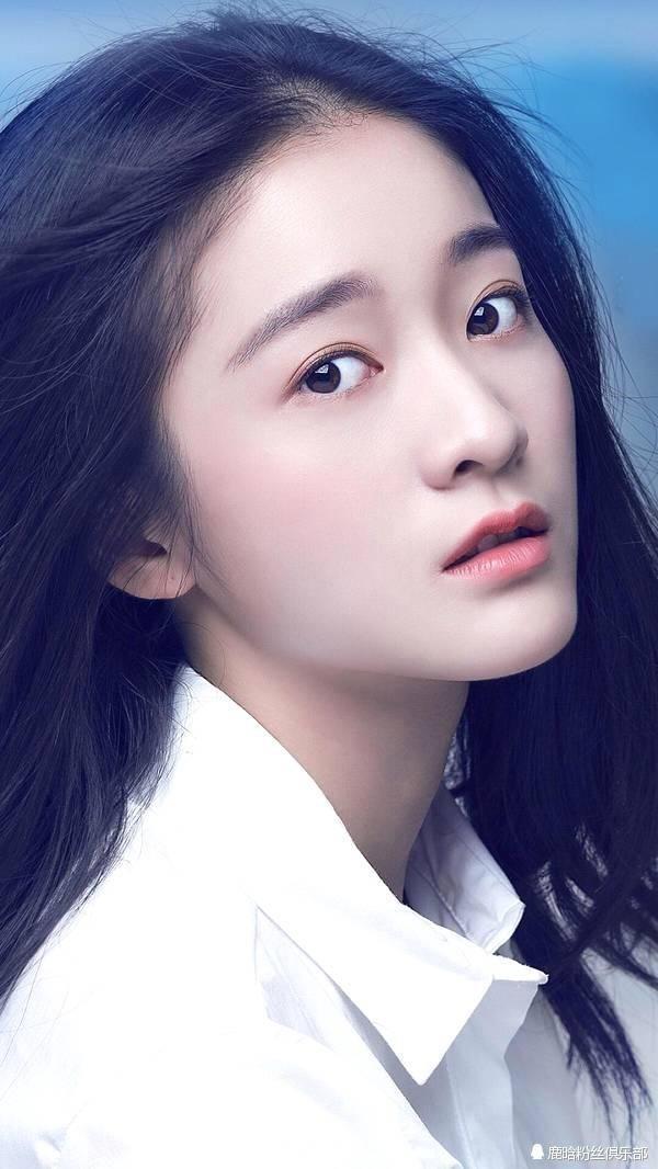 1,张雪迎,长得非常的可爱,而且青春,你们觉得她适合演白凤九吗?