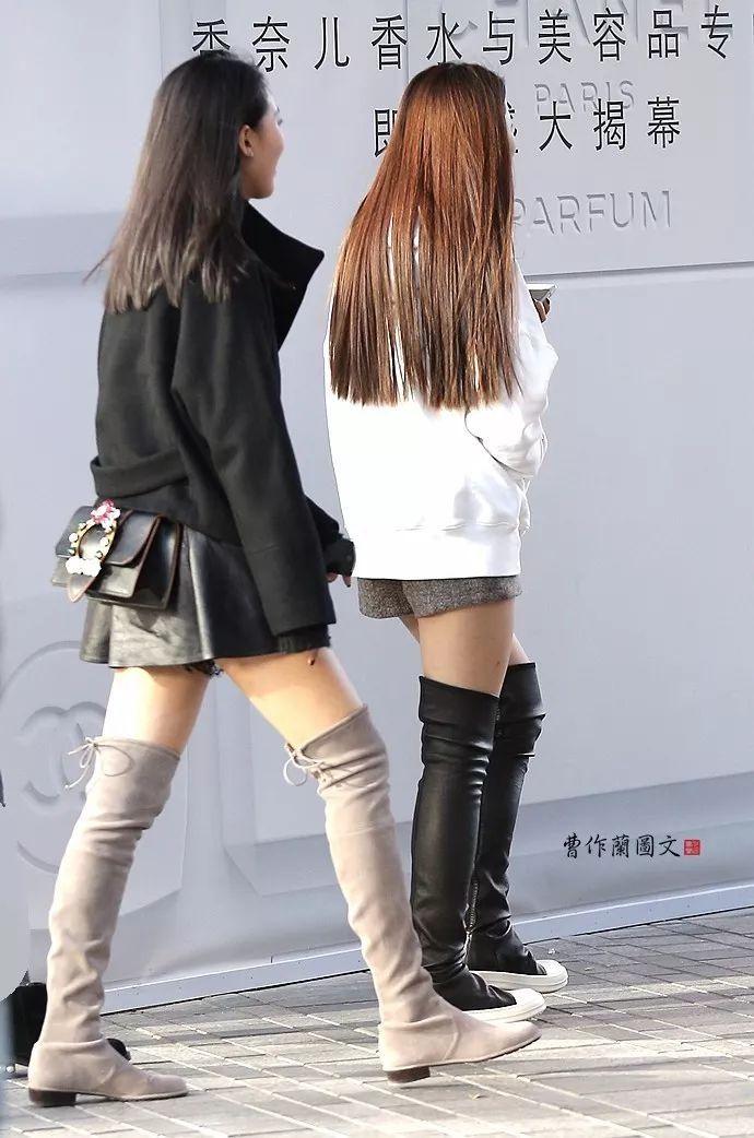 街拍:高筒靴美女,性感程度堪比黑丝