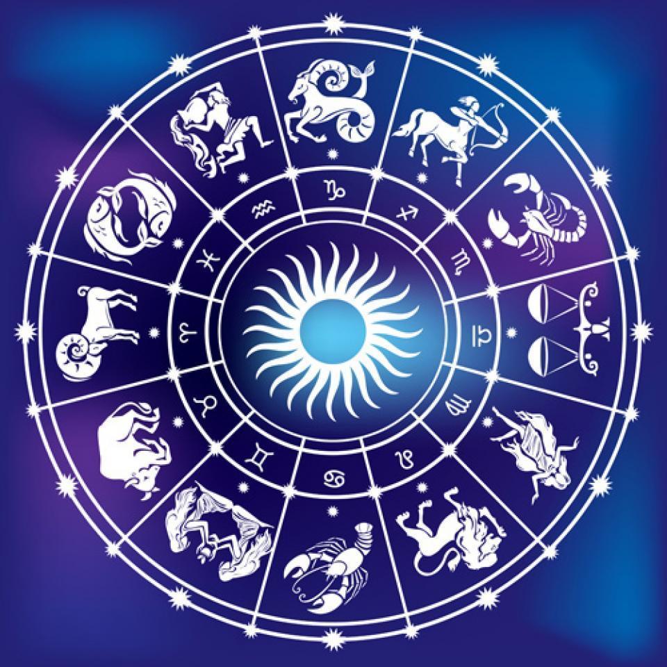 """天秤座的死对头是哪个星座(图2)  天秤座的死对头是哪个星座(图4)  天秤座的死对头是哪个星座(图6)  天秤座的死对头是哪个星座(图8)  天秤座的死对头是哪个星座(图10)  天秤座的死对头是哪个星座(图13) 为了解决用户可能碰到关于""""天秤座的死对头是哪个星座""""相关的问题,突袭网经过收集整理为用户提供相关的解决办法,请注意,解决办法仅供参考,不代表本网同意其意见,如有任何问题请与本网联系。""""天秤座的死对头是哪个星座""""相关的详细问题如下:如题,天秤座最合不来的星座,互相排挤的那种,最好说明"""