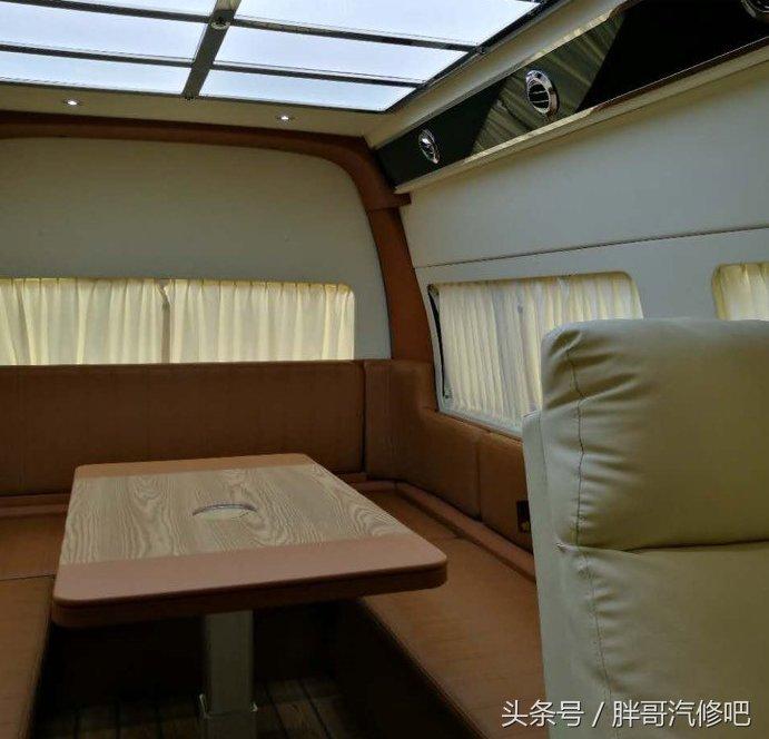 福田风景g9房车,车友大咖自行改装,比原厂还温馨舒适.