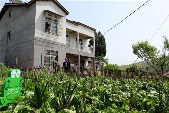 让农民成为有吸引力的职业,让农村成为安居乐业的美丽家园.
