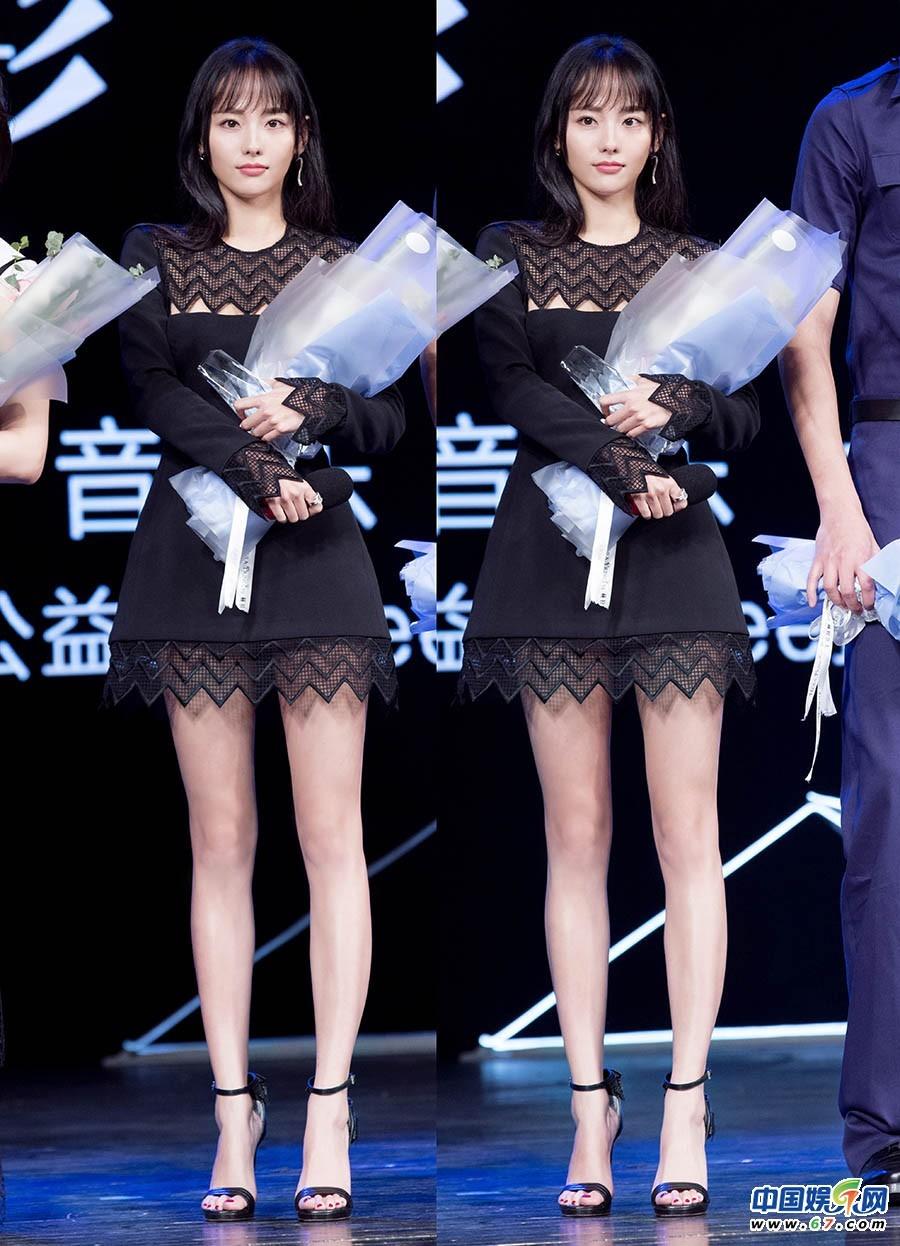 少妇姐姐免费播改fj_张嘉倪小黑裙惊艳亮相 俏皮刘海辣妈变时髦小姐姐