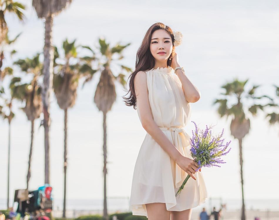 韩国美女模特唯美长裙写真