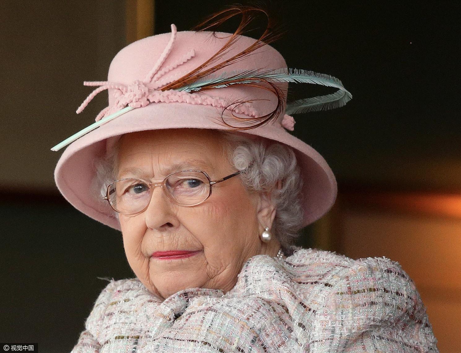 英生日伊丽莎白好似91岁表情接受v生日的表情女王包绿帽子庆祝她当然是图片