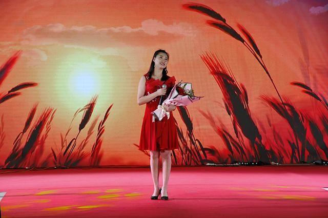 李双江来我县举办白鹭岛森林湖畔演唱会图片