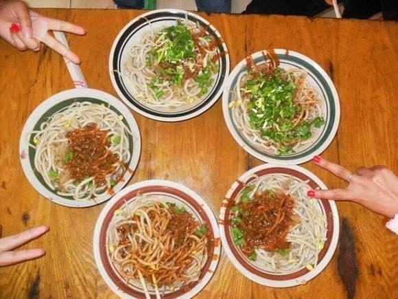 安徽省阜阳市著名小吃 阜阳格拉条