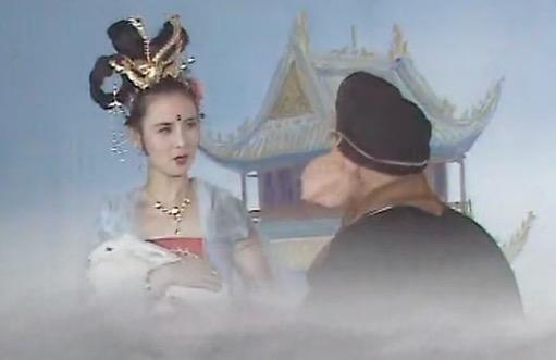 猪八戒调戏嫦娥是家喻户晓的故事,女主人公是月宫里的仙子.