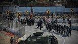 美国边境巡逻队向移民发射催泪瓦斯