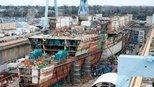 上海船厂出现三大分段,003 型航母浮出水面,进入建造快车道