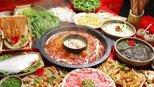 印度人在中国吃饭,看到这道菜傻了这能吃吗?网友:这就是中国