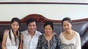 杨紫的母亲竟然是她,网友:怪不得这么熟悉