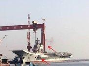 国产航母烟囱冒出黑烟或正测试主机