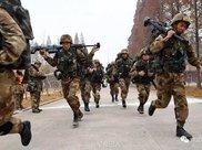 解放军特种兵多种大威力武器曝光 其中一款被称为狙击炮