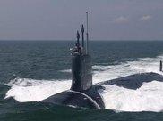 真的!我潜艇遭遇某方舰船,尾随多日未被发现,随时可一招制敌