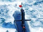 潜艇兵出海2月回家身上的味道熏晕家里人