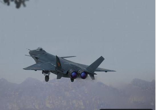 央视正式曝光,歼-20B将安装涡扇-15发动机,将