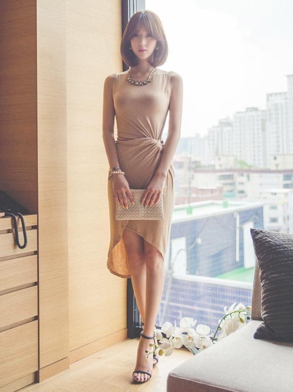 得体的裸色裙,凸显性感身姿,秒变女神范 时尚潮流 第6张