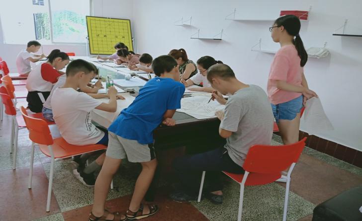 國畫授課班進社區 弘揚傳統繪畫藝術